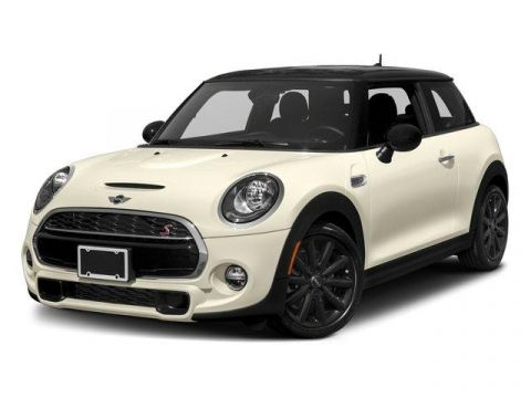 Pre-Owned 2017 MINI Hardtop 2 Door Cooper S FWD